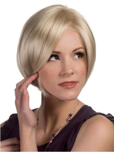 Synthetic Blonde Chin Length Modern Natural Straight Bob Wigs