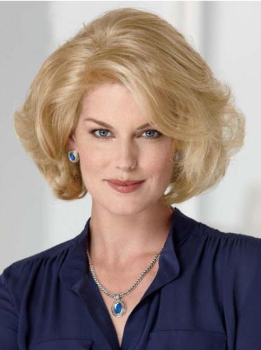 Modern Wavy Chin Length Synthetic Classic Women'S Blonde Wigs