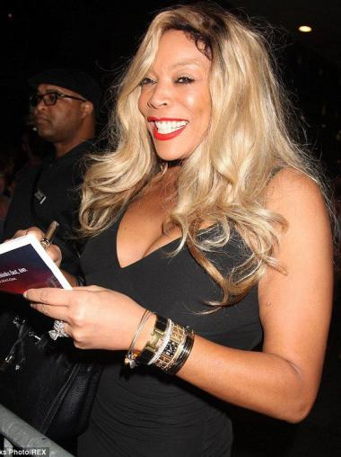 """Without Bangs 20"""" Trendy Wendy Williams Long Real Hair Wig"""