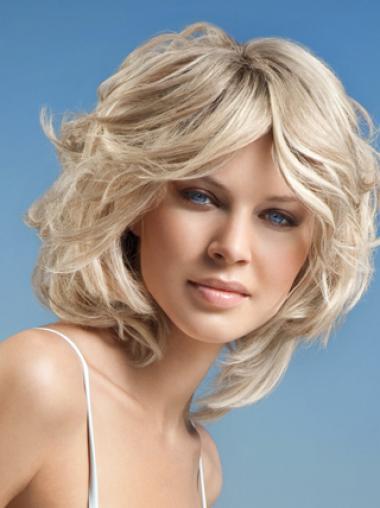 Wavy Chin Length Layered Hair Fashion Design Wigs
