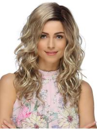 Long, texturized waves make this wig a beautifully versatile style.